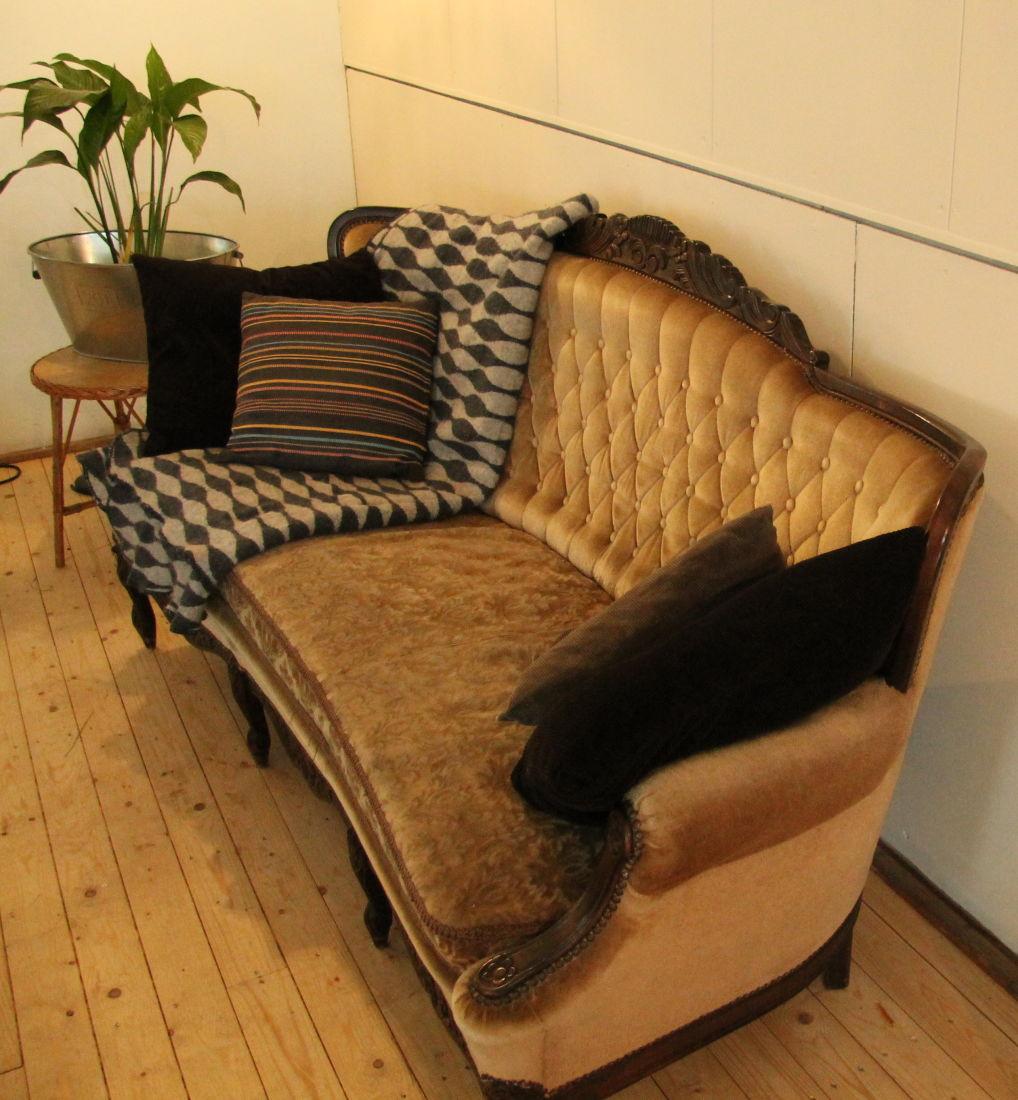 binnenkijken bij de rijke meisjes. Black Bedroom Furniture Sets. Home Design Ideas